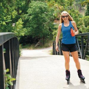 K18CPPS-SS-Rollerblading_lifestyle-300x300.jpeg