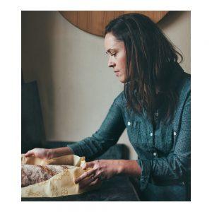 bees-wrap-naturligt-och-ekovanligt-folie-brod-bread-wrap-3-300x300.jpeg