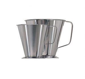 Köksmått i rostfritt stål med fot – 0,5 L